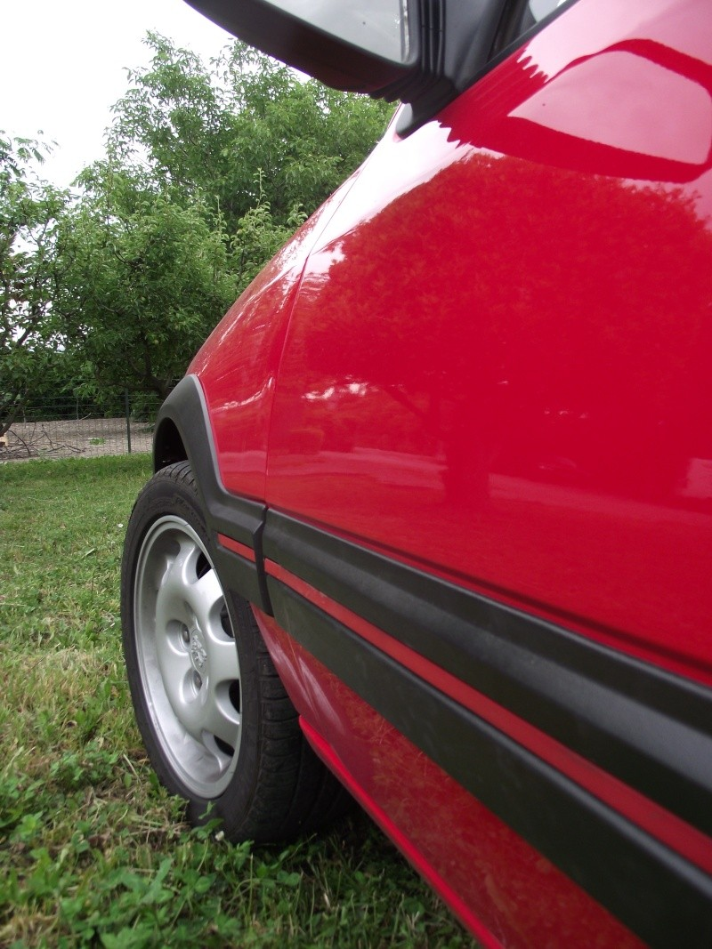 [David84] 205 GTI 1.6L 115cv Rouge Vallelunga 1992 - Page 5 Dscf2459