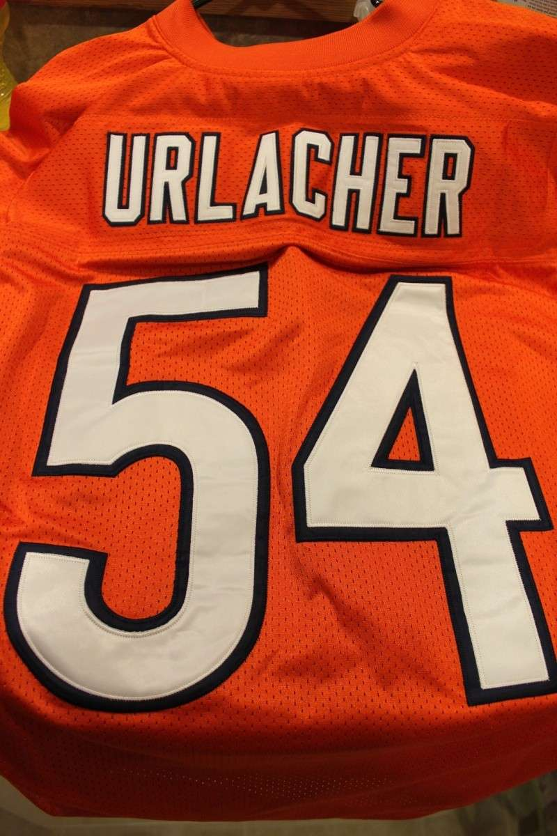 Is this a fake Urlacher jersey? I'm starting to think it is! Img_9322
