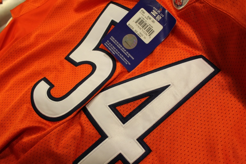 Is this a fake Urlacher jersey? I'm starting to think it is! Img_9325