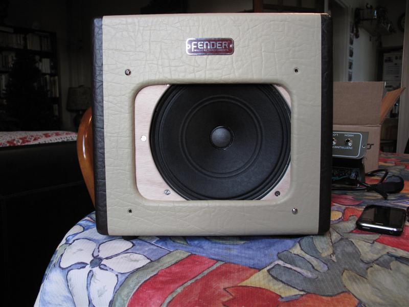 """Modifier le Fender Champion 600 avec un Weber Alnico 8"""" S Shure_16"""