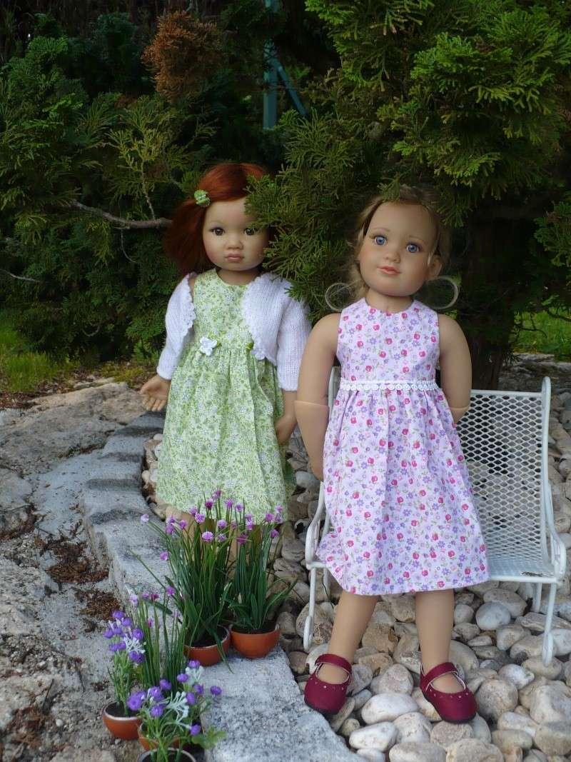 Amélie et Lisbeth en petites robes P114
