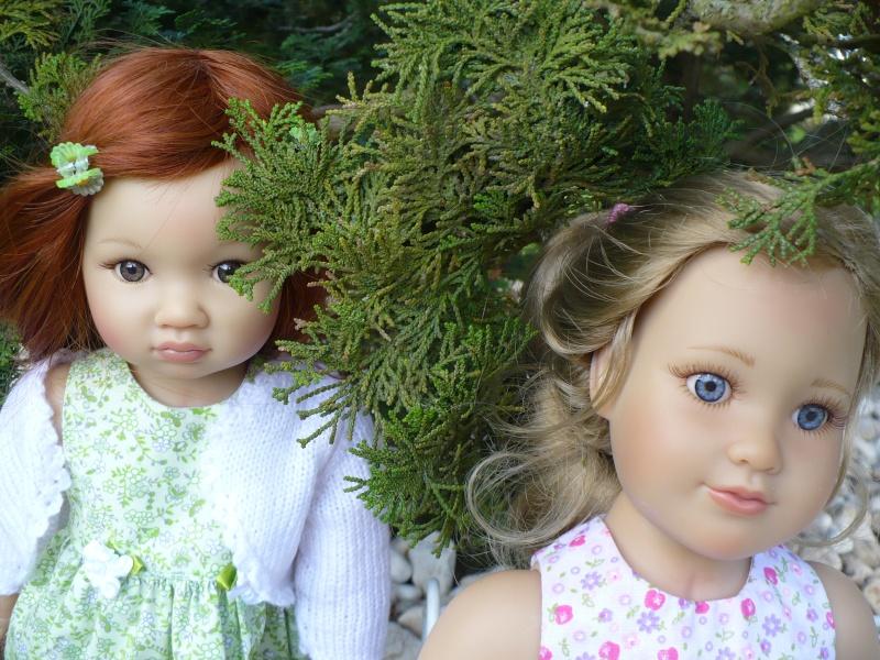 Amélie et Lisbeth en petites robes P214