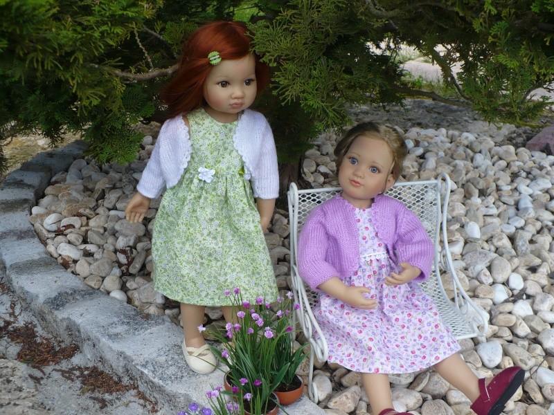 Amélie et Lisbeth en petites robes P313