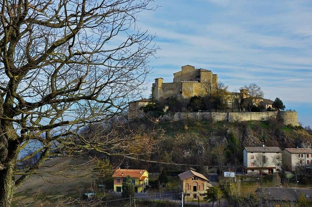 Rossena e il suo borgo Immagi37