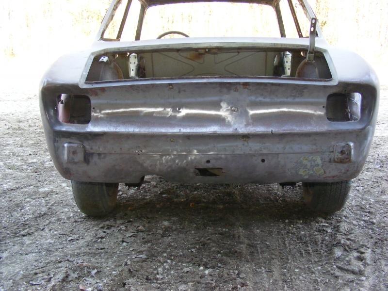début restauration coupe bertone 1750 Dscf3614