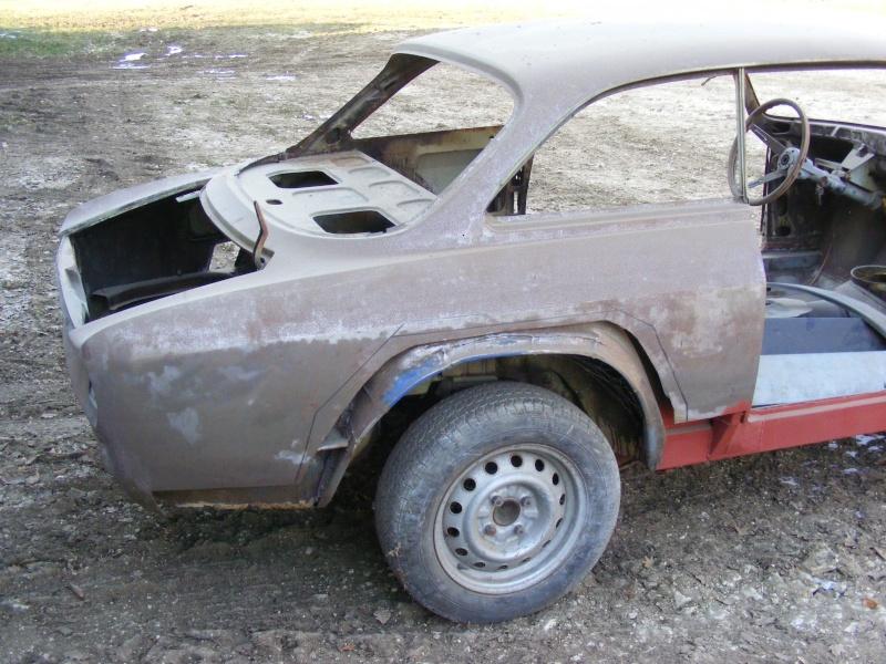 début restauration coupe bertone 1750 Dscf3616