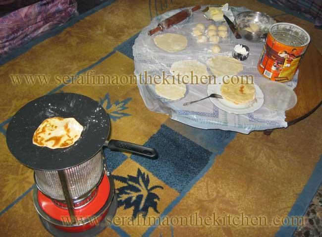 Тонкие лепешки с маслом, лепешки с сыром  Img_1713
