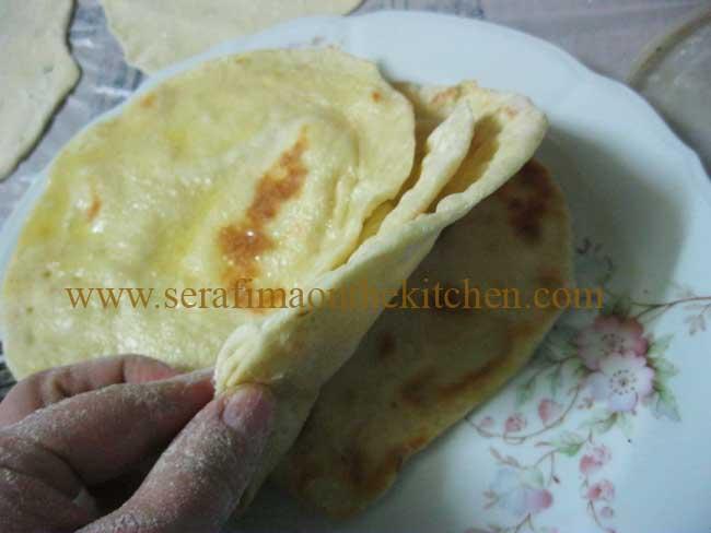 Тонкие лепешки с маслом, лепешки с сыром  Img_1715