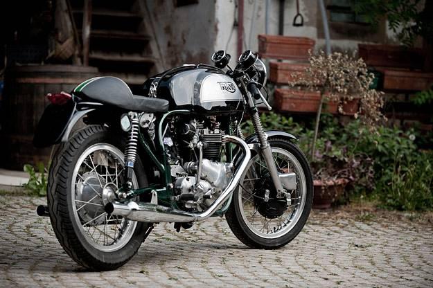 Superbe Triton  Motorc10