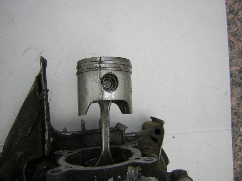 Stihl BG 85: rottura cuscinetto testa di biella Dscn1611
