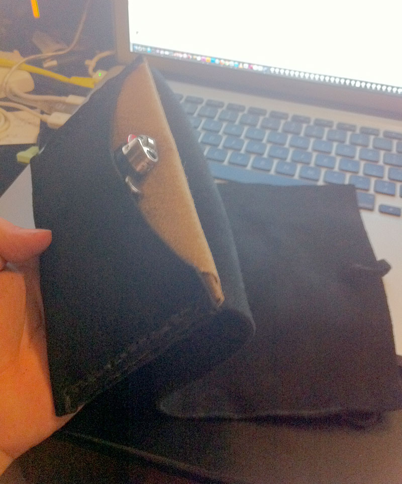 Just made a tobacco pouch Tri-fo11
