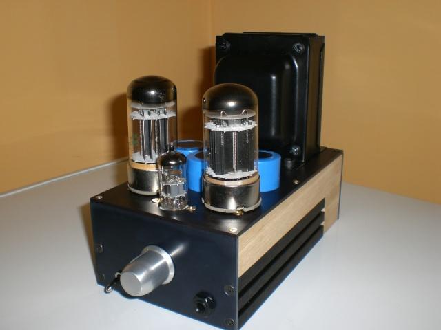 Ampli per cuffie due 6080 megahertzaudio Cimg1827