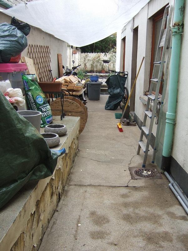 En avant pour l'aménagement de mon petit jardin !  Dscf0512
