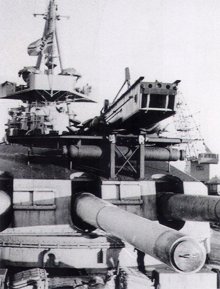1:72 Scale German WW2 Heavy Battle Cruiser K.M.S. Scharnhorst 1943 - Page 5 1-germ10