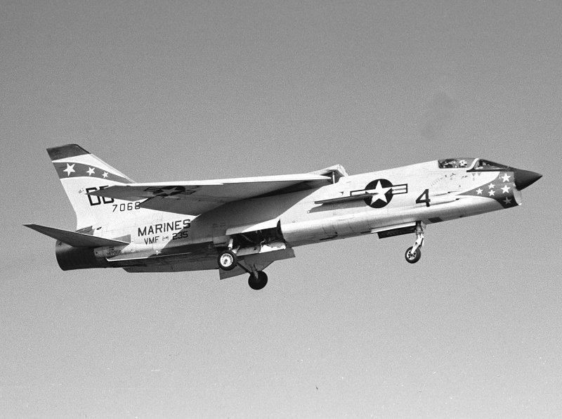 1/32nd F-8E Crusader - Page 3 14706810