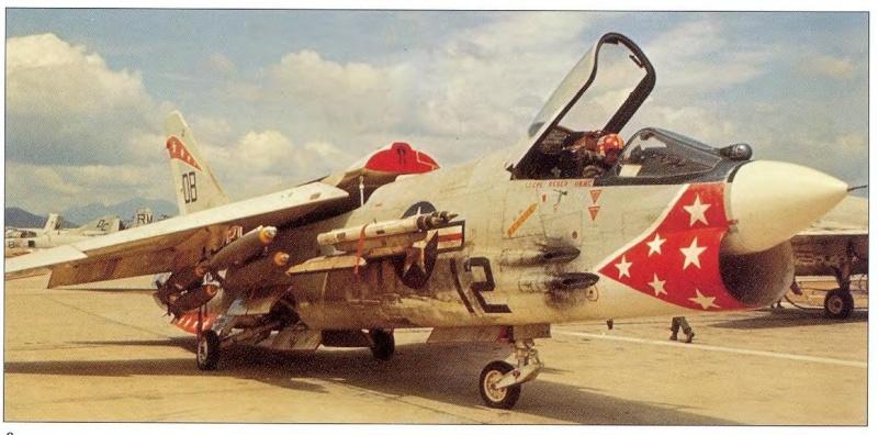 1/32nd F-8E Crusader 610