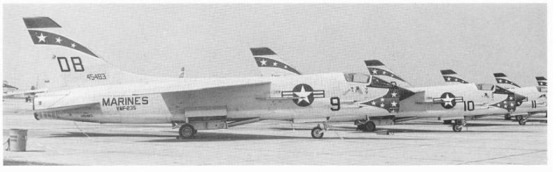 1/32nd F-8E Crusader - Page 4 F8u-1_10