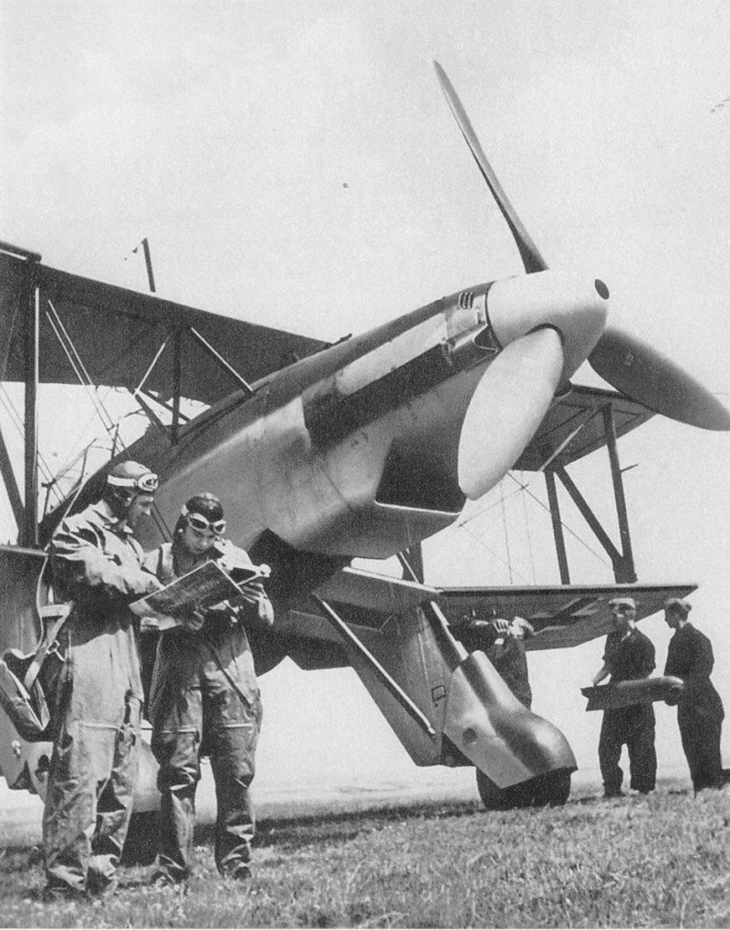 The Garf Zeppelin and her Aircraft Fi167_12