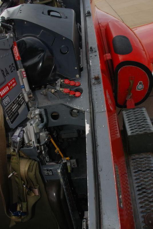 Red arrows  Red 4  xx179  italeri 1-48 Hawkwa14