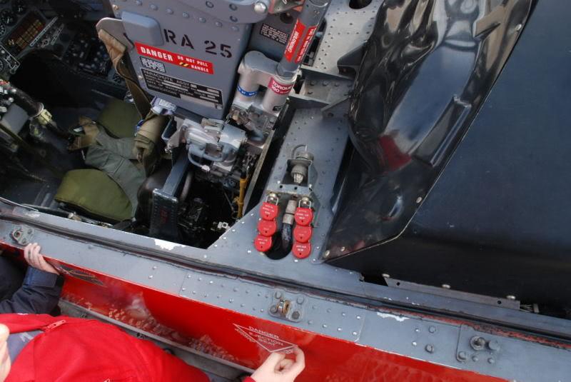 Red arrows  Red 4  xx179  italeri 1-48 Hawkwa19