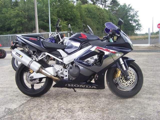 15 motos en 5 ans  38849510