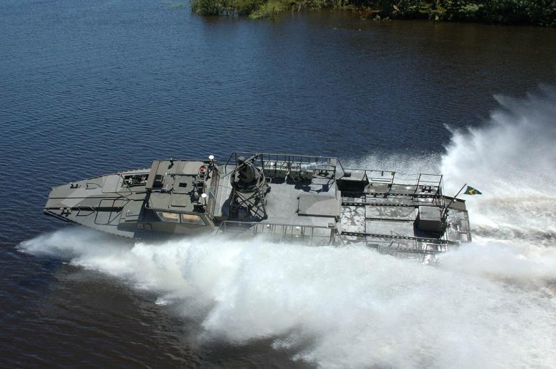 Barge de débarquement Cb9010