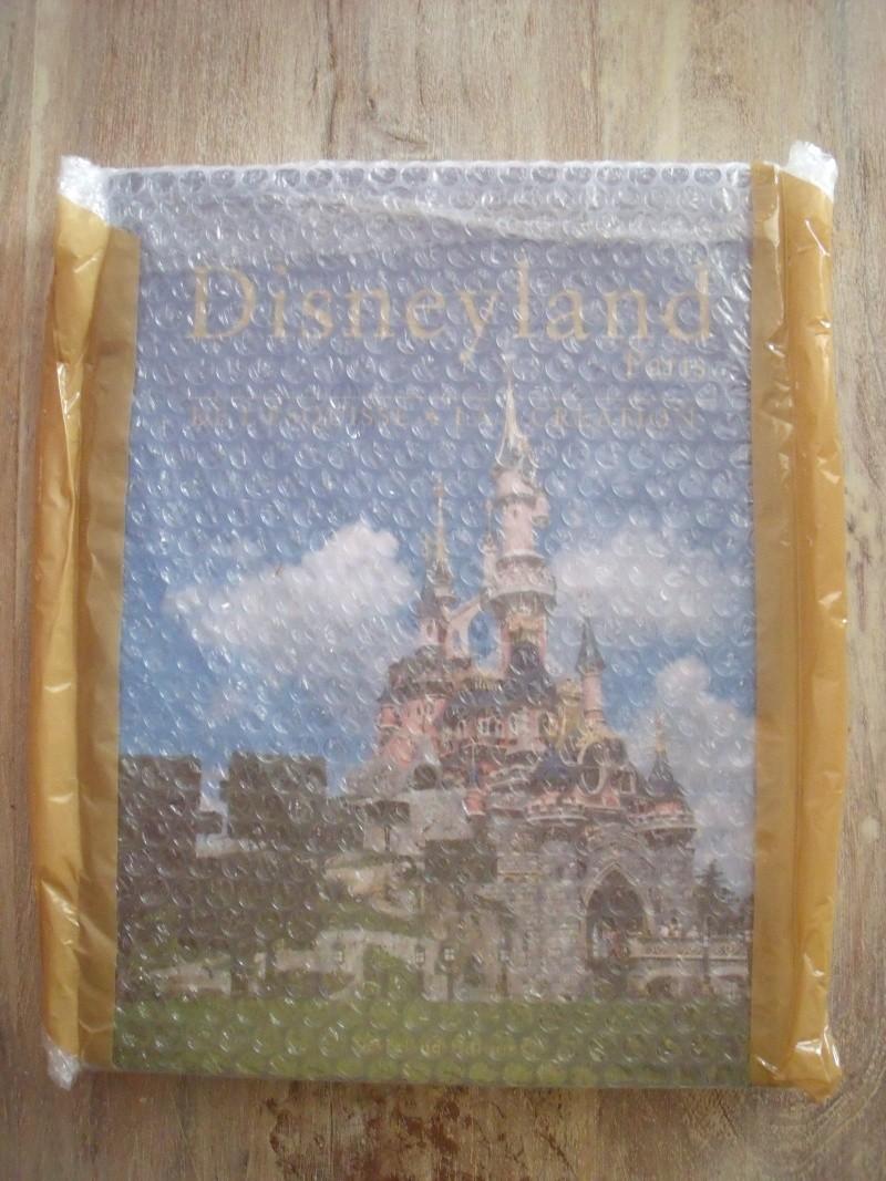 """Jeu Concours (jusqu'au 30 Juin) : Deux exemplaire du livre Disneyland Paris """"De l'Esquisse à la Création"""" à gagner! - Page 4 Dscf0514"""