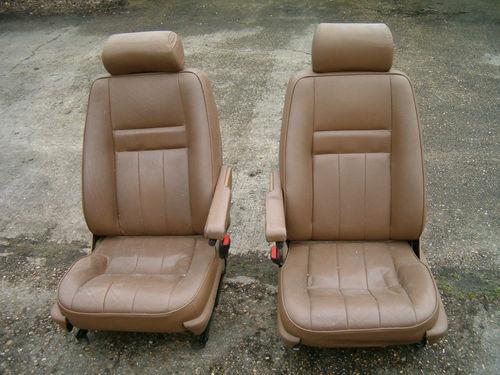 Revêtements de sièges avant en cuir beige... Siages11