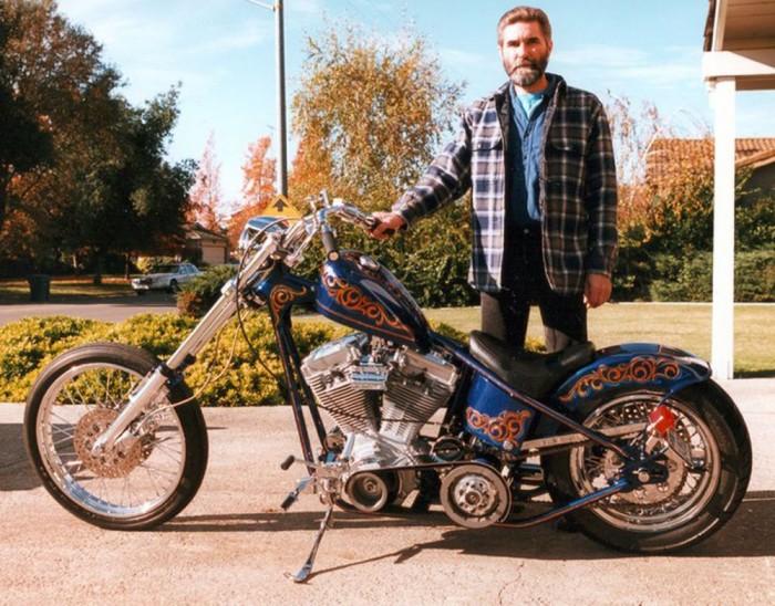 Ils ont posé avec une Harley - Page 5 54810