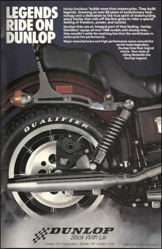 La Harley dans la pub Dunlop11