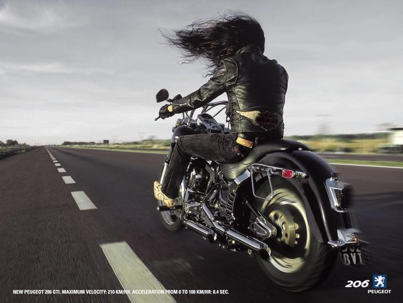 La Harley dans la pub - Page 8 Peugeo10