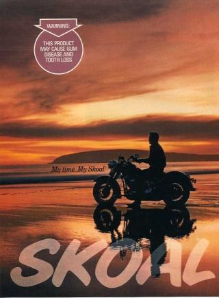 La Harley dans la pub - Page 2 Skoal_11
