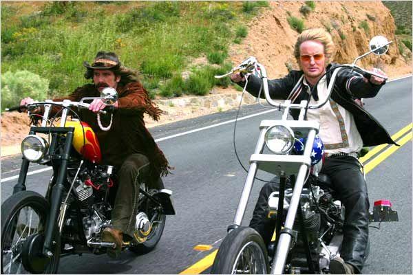 Ils ont posé avec une Harley - Page 40 Y11