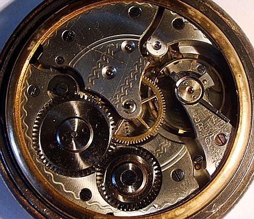 montre à gousset avec symboles maçonniques Interi11