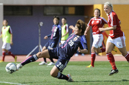 Wome Soccer: Algarve Cup 2012 03020510