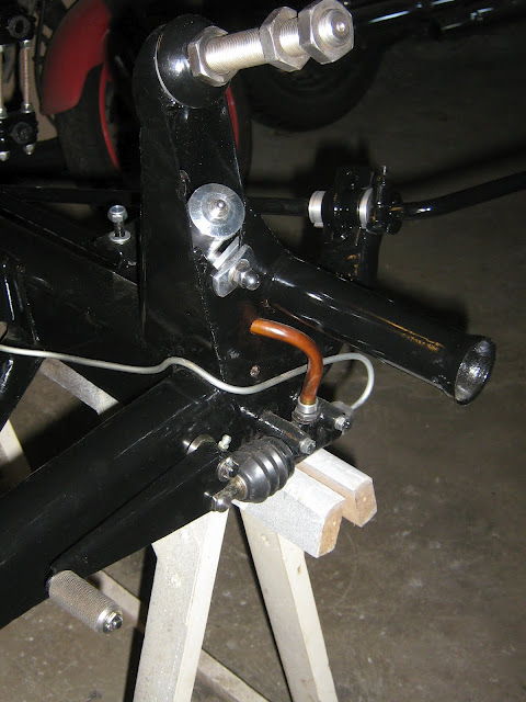 Jeu latéral du vilebrequin du moteur 250 ETZ - Page 3 Img_0213