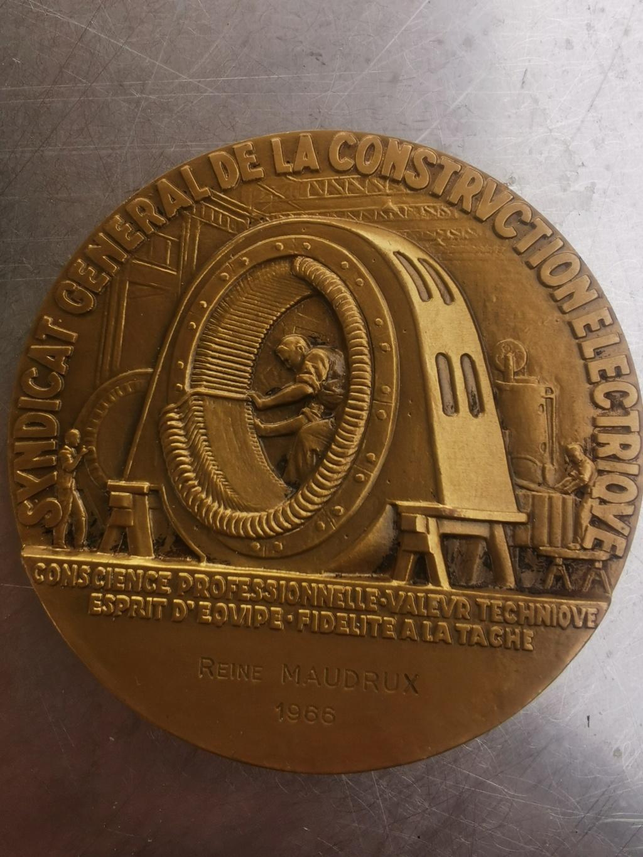 medailles en bronze Img_2136