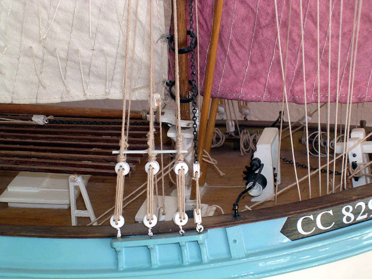 La Marie-Jeanne de Billing Boats au 1/50°  Dscn2528