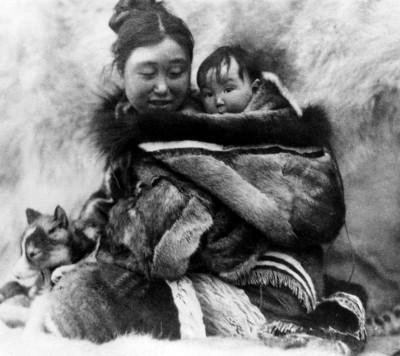 vêtements esquimau et porte bébés Specta10