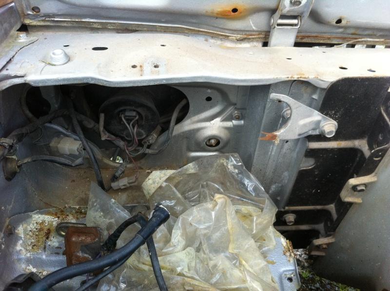 [MAZDA 121] Une nouvelle Mazda 121 sur le forum! Img_1614