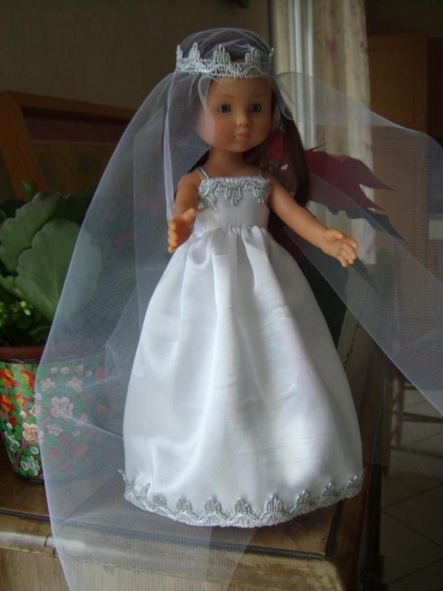 Les poupées mariées - Page 4 Cimg4911