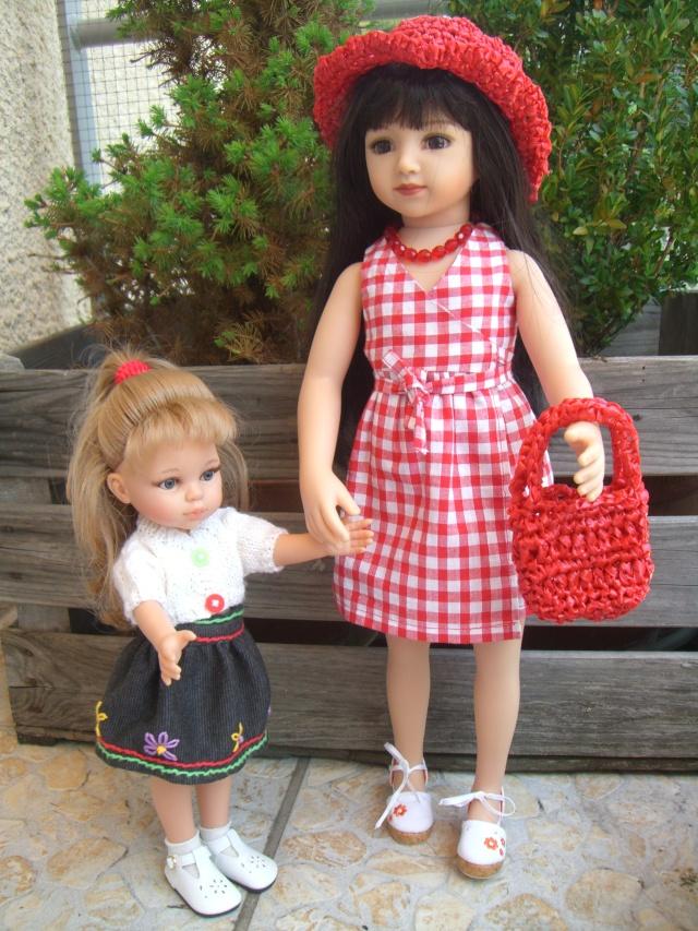 De nouveaux habits pour un mélange de poupées. Cimg5219