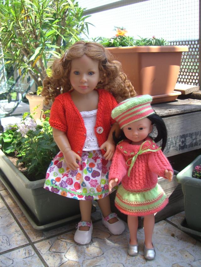 De nouveaux habits pour un mélange de poupées. Cimg5225