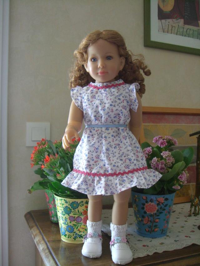 De nouveaux habits pour un mélange de poupées. Cimg5228