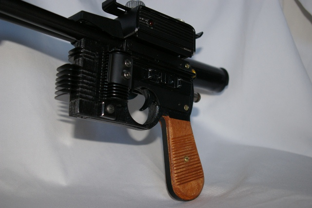 "Heavy Blaster DL-44 ""home made"" pour mini Han Solo 4110"