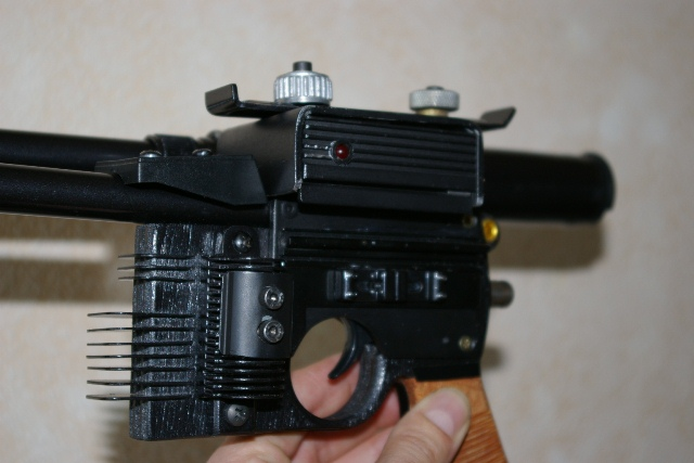 "Heavy Blaster DL-44 ""home made"" pour mini Han Solo 5210"