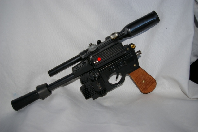 "Heavy Blaster DL-44 ""home made"" pour mini Han Solo 5410"