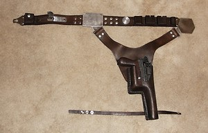 "Heavy Blaster DL-44 ""home made"" pour mini Han Solo Holdst10"