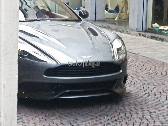 2012 - [Aston Martin] Vanquish [310] - Page 2 Foto_s22