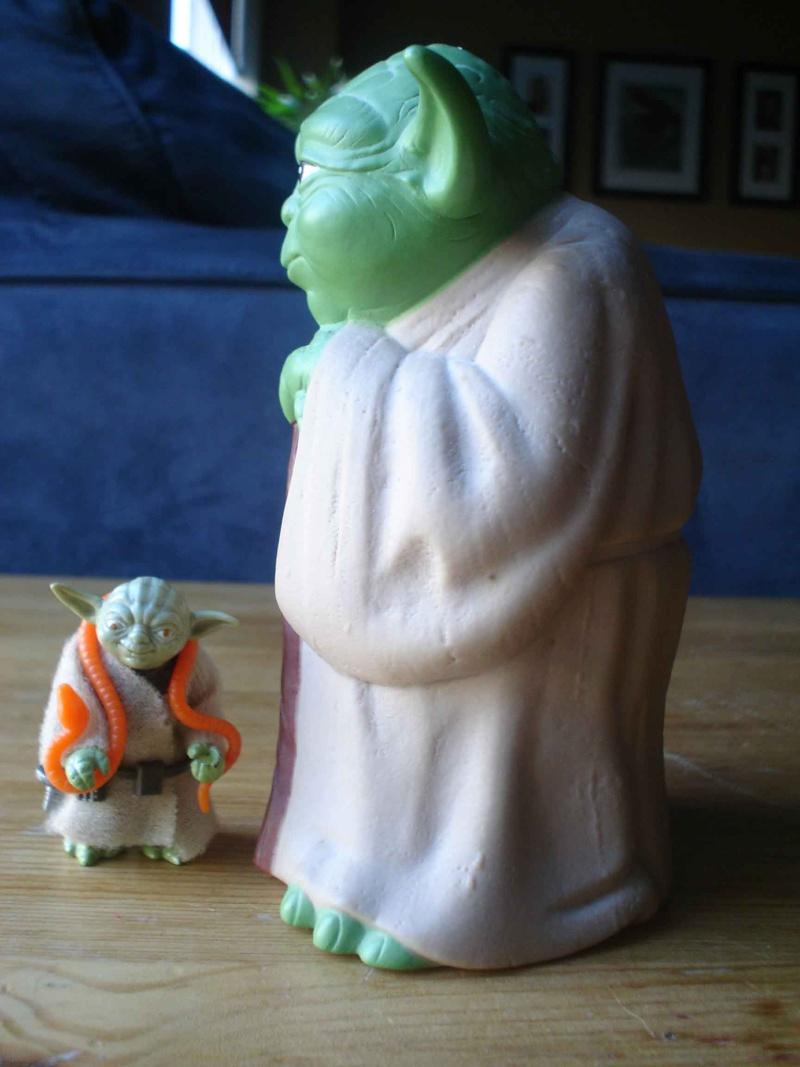 MISCELLANEOUS TOYS  Yoda_t12